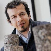 """Claudio Fonseca <a href=""""https://twitter.com/cfonsecai"""" class=""""twitter-follow-button"""" data-show-count=""""false"""">@cfonsecai</a>"""